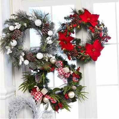 CHRISTMAS WREATHS, FLORAL ACCENTS & HANDCRAFTED FLORAL ARRANGEMENTS