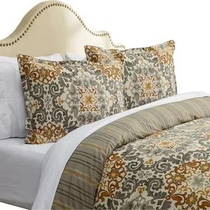 Riverside Duvet Set by Three Posts